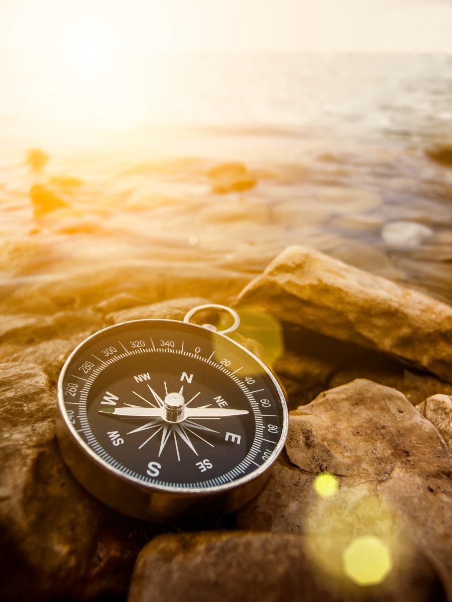 compass_3037